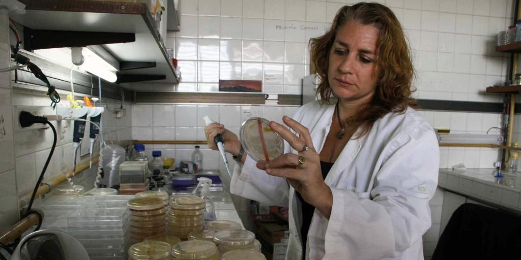 María Eugenia Farías investiga sobre extremófilos