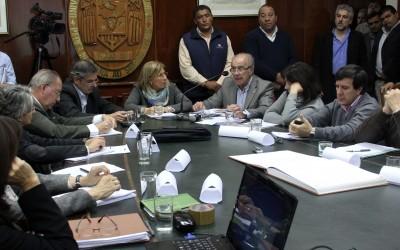 vice rector garcia presento reglamentacion de estatuto de unt para web nueva