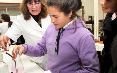 Jóvenes aficionados a la ciencia-web