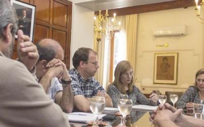 Reunión con docentes en el Rectorado-web