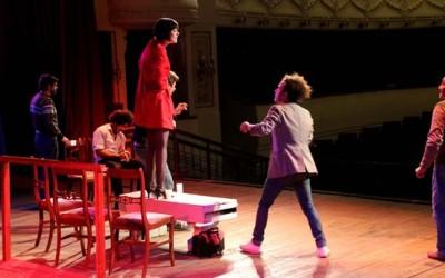 Obra de teatro en el Alberdi-web