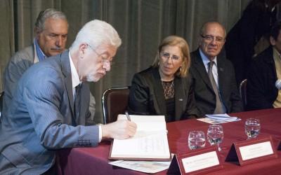 Arturo Somoza visitante ilustre - web