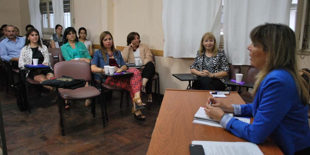 Reunión de Chehín con investigadores en Psicología-web nueva