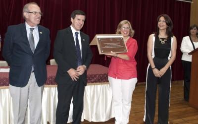 HOMENAJE DE C. ECONOMICAS A LA UNT POR SUS 100 AÑOS PARA WEB 2