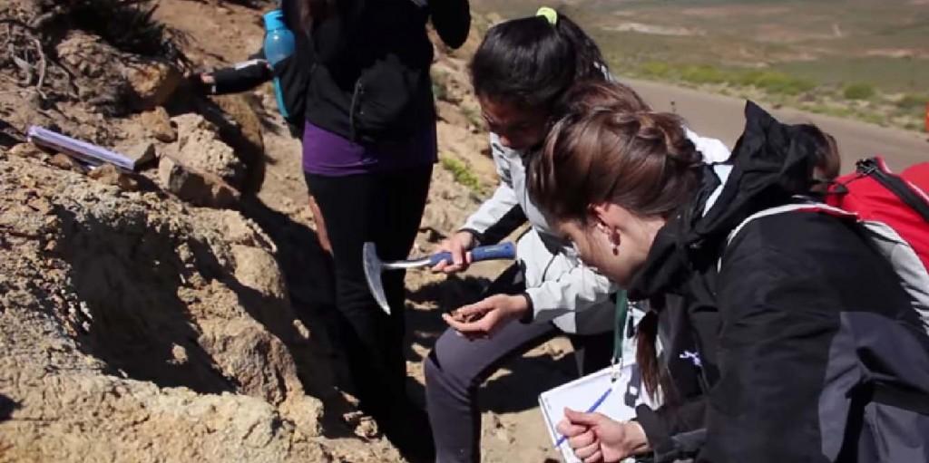 Estudiantes de Geología de la Fundación YPF para web