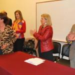 La rectora y el vicerrector de la UNT entregaron cerca de 50 certificados a quienes concluyeron el curso virtual sobre políticas públicas de niñez y adolescencia.