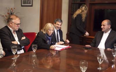 FIRMA DE CONVENIO CON CONICET PARA PRENSA - ADRIAN LUGONES