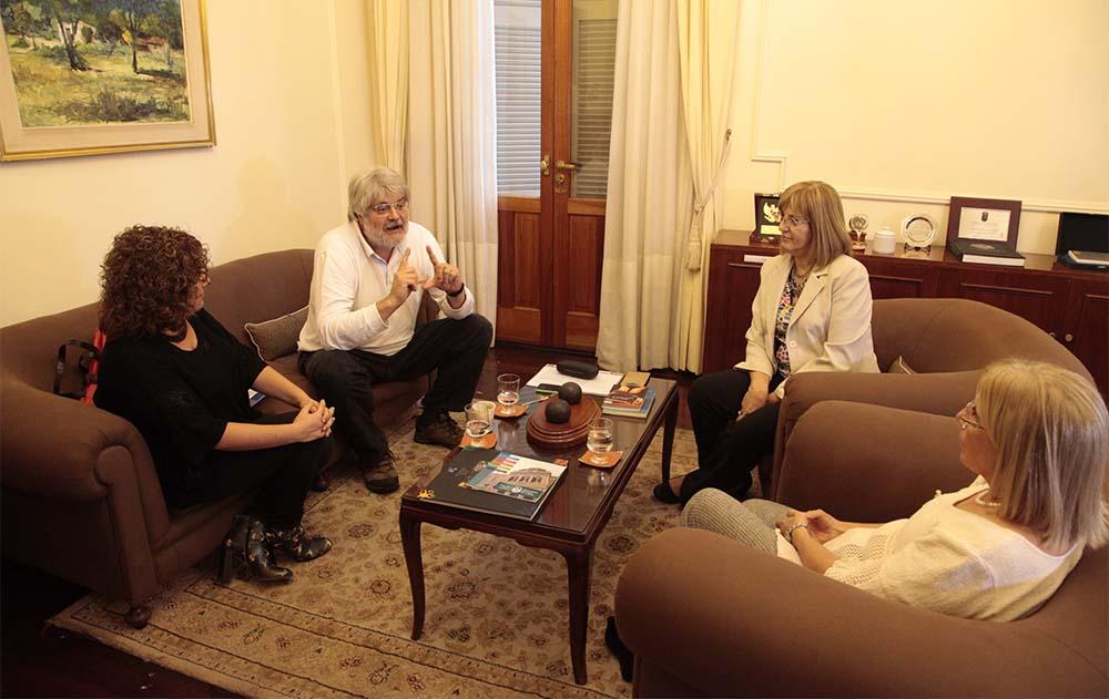 CONVENIO CON EDITORIAL VILLA MARIA 3 - FOTOGRAFIA JOSE SALDIAS