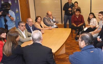 Alfaro con vicerrector y decanos unt por construccion puente en av Benjamin Araoz (2)