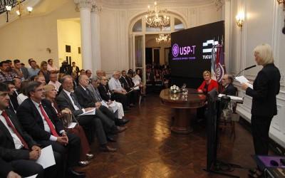HONORIS CAUSA A LA PRESIDENTA DE CROACIA POR USP-T