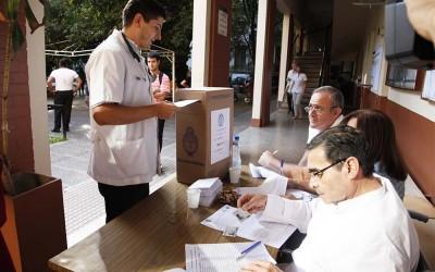 VOTACION DE GRADUADOS DE MEDICINA