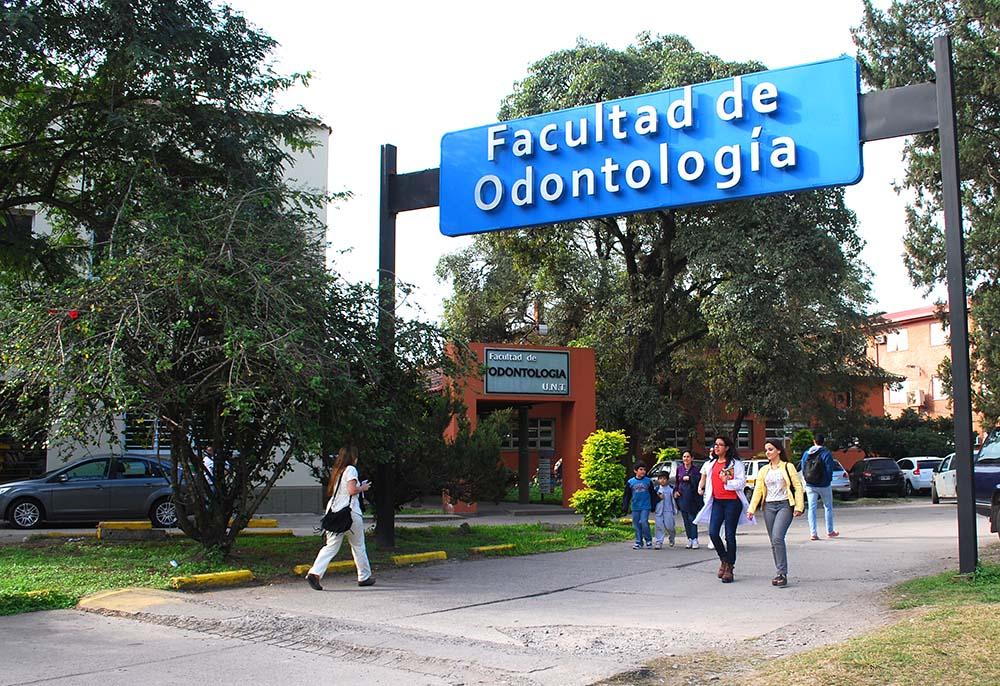 FRENTE DE ODONTOLOGIA