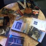 Libros de EDUNT en el Stand de la Provincia Fotos EDUNT