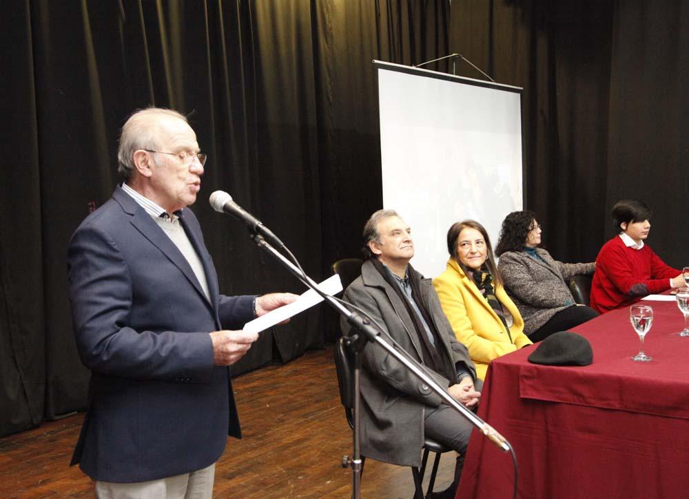 José García dirigió unas palabras foto Luis Ferrando