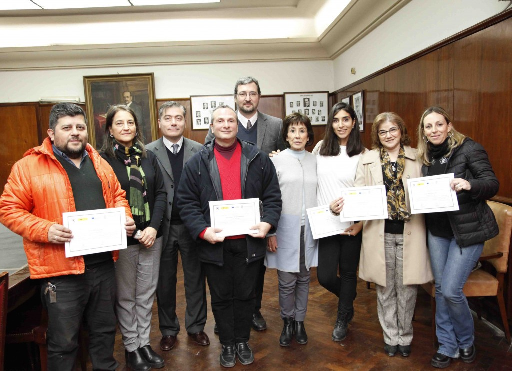 Entrega de Certificados de Inglés - Foto Luis Ferrando