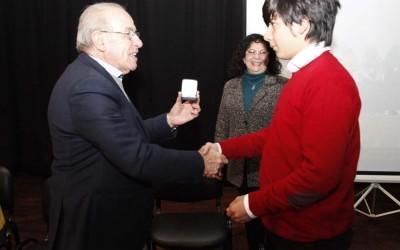 Rector reconoció a Pacheco foto Luis Ferrando