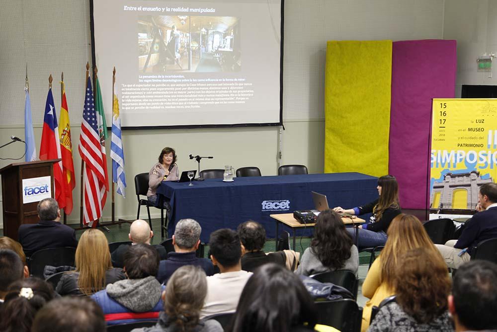 ll SIMPOSIO DE LA LUZ EN EL MUSEO 1- FOTOGRAFIA JOSE SALDIAS
