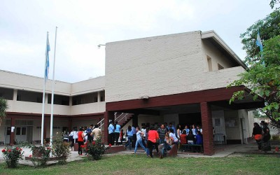 Escuela de Enfermería en Aguilares - Prensa Luis Ferrando