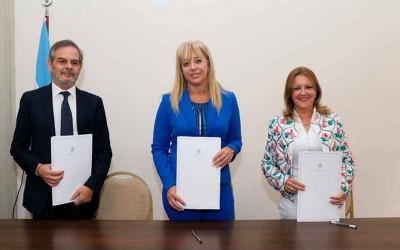 firma de convenio con siprosa fuente prensa ministerio de salud