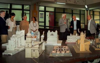 Visita de Autoridades de la UNT a la FAU foto FAU